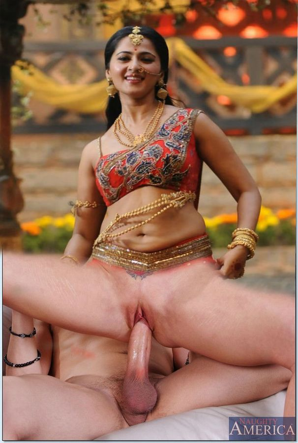 Anushka Shetty nude sex with hot blouse without panties images