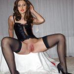 Hot sexy babe Riya Sen shows of her juicy pussy