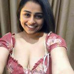 Singer Pragathi private hotel room selfie exposing her cleavage xxx fake