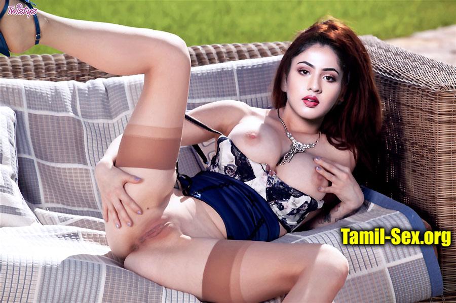 Simran Upadhyay spreading naked leg shaved pussy nude nipple xxx photo