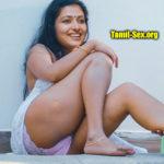 Anu Sithara naked thigh sexy leg exposing panties photo