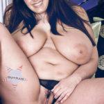 Nude Big boobs VJ Archana showing her ugly big pussy hole fake